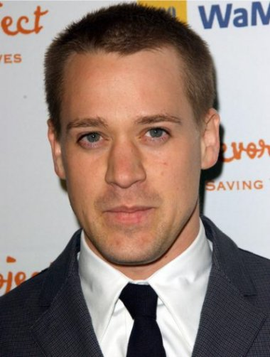 Gay actor T.R. Knight has donated $50,000 to a campaign to keep gay marriag